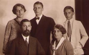 rodina Emila Pavla Lányiho kol r. 1928